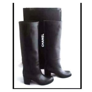 Brand new Chanel leather boots with 40.5